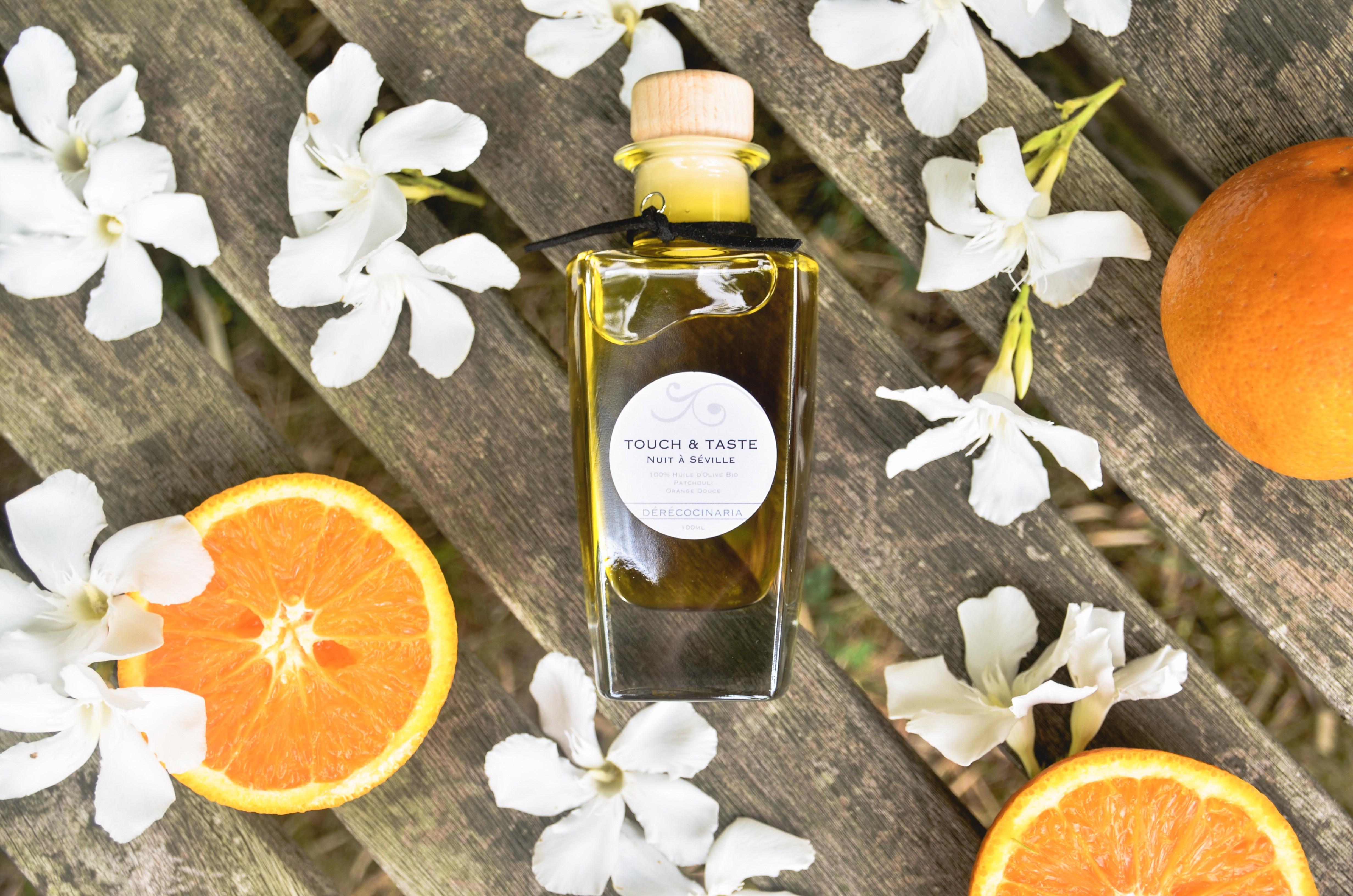 Huiles d'Olives Cosmétiques Bio* pour la peau, les cheveux et les massages